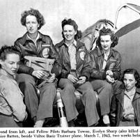 Cornelia Clark Fort and fellow female pilots